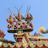 Ceramico decori sulla cima alla pagoda Fotografie Stock Libere da Diritti
