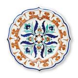 Ceramics dekoracyjni talerze, Islamski talerz z mandala wzorem, widok odizolowywający na białym tle z ścinek ścieżką od above zdjęcie stock