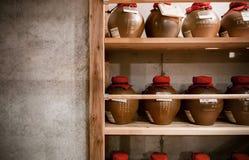 Ceramiczna gliniana ceramiczna sztuka, Ceramiczna waza w czarny i biały Zdjęcia Royalty Free