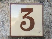 Ceramiczna płytka z liczbą trzy 3 Zdjęcie Royalty Free