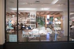 Ceramiczna stajnia sklepu powierzchowność Zdjęcia Stock