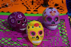 Ceramiczne czaszki dla dnia Nieżywy festiwal w Meksyk Obrazy Stock