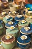 Ceramicznego jajka pouching garnki obrazy royalty free