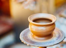 Ceramicznego rzemiosła koła ceramiczna glina Zdjęcia Royalty Free