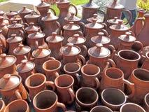 Ceramiczni earthenware garnki, kubki i Obraz Stock
