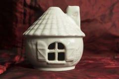 Ceramiczny dom od bajki zdjęcia royalty free