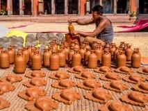 Ceramiczny rzemieślnik w Bhaktapur, Nepal Obrazy Royalty Free