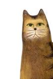 Ceramisch die beeldje van een kat, op witte achtergrond wordt geïsoleerd stock afbeelding