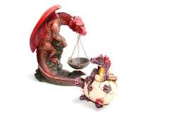 Ceramische beeldjes van draken stock afbeeldingen