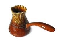 Ceramische coffee-pot die op wit wordt geïsoleerdr Royalty-vrije Stock Fotografie