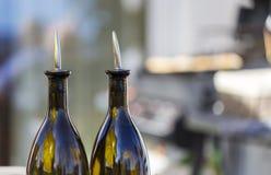 Ceramische flessen azijn en olie Stock Foto's