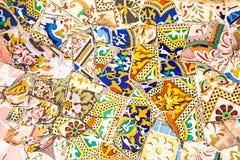 Ceramische kunst in Park Guell in Barcelona, Spanje Stock Fotografie