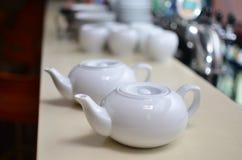 Ceramische theepot twee Stock Foto's