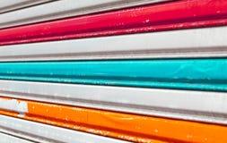 Cerca artística do metal com listras coloridas Imagem de Stock