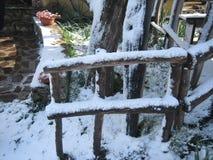Cerca con nieve en el sol Imagen de archivo