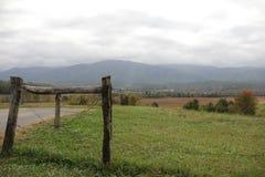 Cerca da montanha Foto de Stock