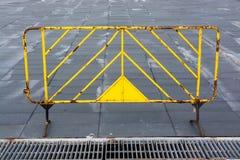 Cerca de aço amarela Fotografia de Stock Royalty Free