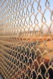 Cerca de Chainlink del campo de béisbol fotos de archivo libres de regalías