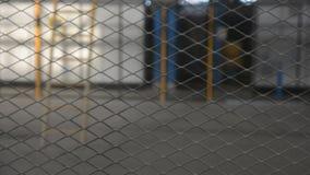 Cerca de fio Close up da rede de aço Engranzamento de aço vídeos de arquivo