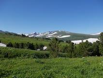 Cerca de la montaña de Korolevsky Belok imagen de archivo libre de regalías