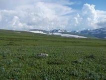 Cerca de la montaña de Korolevsky Belok imagen de archivo