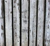 Cerca de madeira branca gasta e velha Fotos de Stock Royalty Free