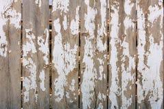A cerca de madeira enviou a textura branca da pintura Imagens de Stock