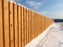 Cerca de madeira no inverno Imagem de Stock Royalty Free