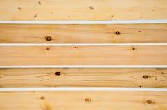 Cerca de madeira de uma casa privada foto de stock