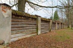 Cerca de madeira velha Fotos de Stock Royalty Free