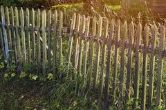 Cerca de madera del pueblo Fotos de archivo
