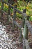 Cerca de madera en el jardín Foto de archivo