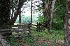 Cerca de trilho de madeira Imagem de Stock Royalty Free