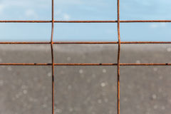 Cerca del hierro con la corrosión antes del horizonte Imagen de archivo