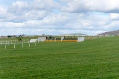 Cerca del salto de la carrera de caballos Imagen de archivo libre de regalías