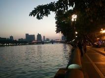 Cerca el río Fotografía de archivo libre de regalías