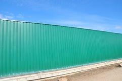 Cerca Panels do metal, cerca do metal, cerco do metal exterior cercar imagem de stock royalty free