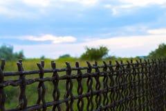 Cerca Rabitz fencing Esclavitud, libertad y vida detrás de barras imagen de archivo