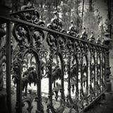 Cerca velha do ferro de molde Imagens de Stock