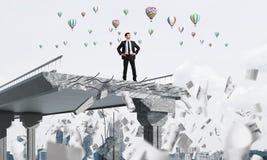 Cercando i nuovi modi la soluzione di problemi Immagine Stock