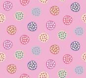 Cerchi multicolori disegnati a mano su fondo rosa royalty illustrazione gratis
