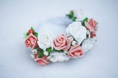 Cerchio dai fiori, corona con i fiori colorati Fotografie Stock Libere da Diritti