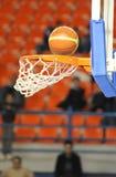 Cerchio e sfera di pallacanestro Immagini Stock