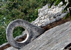 Cerchio Mayan di gioco di pallone di rovine fotografia stock