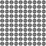 Cerchio nero senza cuciture disegnato a mano un modello su fondo bianco immagini stock libere da diritti