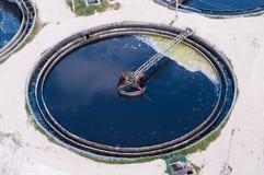 Cercle de diamètre d'eaux d'égout d'eau grand images libres de droits