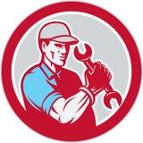 Cercle de Holding Spanner Wrench de mécanicien rétro Images libres de droits