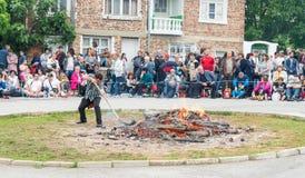 Cercle de Nestinar dans le village des Bulgares aux jeux de Nestenkar, Bulgarie Image libre de droits