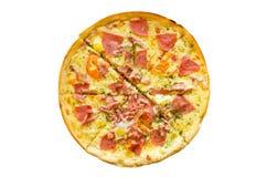 Cercle de pizza avec du fromage et le basturma Images stock