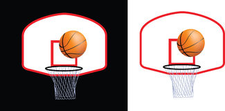 Cercle et bille de basket-ball Photographie stock libre de droits
